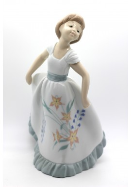 Decorative Porcelain Figurines and Bronze Sculptures at Discounted Prices. Free Shipping Available - Floral Spirit