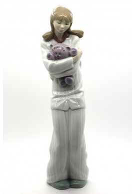 Decorative Porcelain Figurines and Bronze Sculptures at Discounted Prices. Free Shipping Available - Having a Chat!