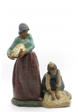 Collectible porcelain figurines and bronze sculptures - First Blush of Spring