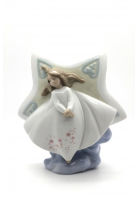 Decorative Porcelain Figurines and Bronze Sculptures at Discounted Prices. Free Shipping Available - Enchanted Dreams