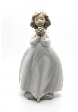 Decorative Nao figurine porcelain from the love collection. - Poem of Love