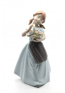 shine nadal porcelain figurine playing to be secretary - The Scent of my Flower Basket
