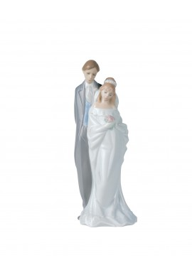 Decorative Nao figurine porcelain from the love collection. - Love Always