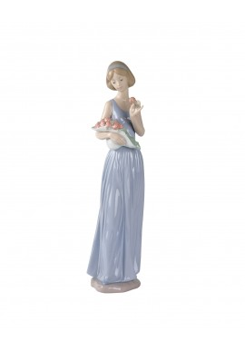 Nao by Lladro Porcelain Figurines from Youth Collection - My Little Bouquet