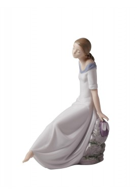 Decorative Nao figurine porcelain from the love collection. - Romantic Dreams