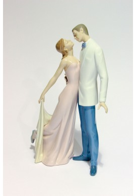 Collectible porcelain figurines and bronze sculptures - Happy Anniversary