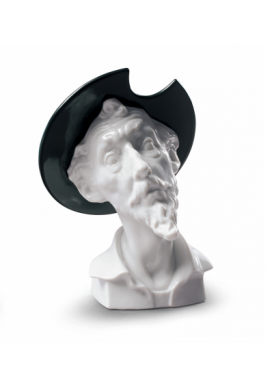 Nao Porcelain Spanish Allure Collection - Don Quixote Astonished