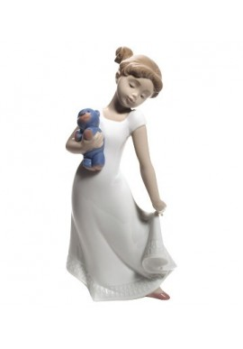 Decorative porcelain figurines by Nao Porcelain from the Childhood Collection - Am I Elegant?