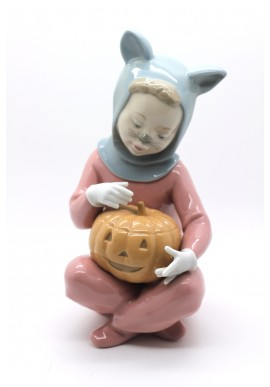 Nao Porcelain Figurines from the Around the World Collection - Halloween Night
