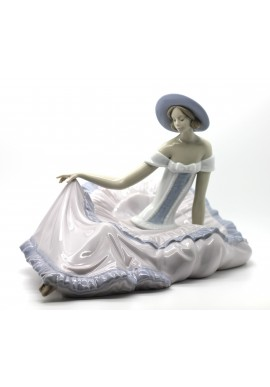 Decorative Porcelain Figurines and Bronze Sculptures at Discounted Prices. Free Shipping Available - Grace