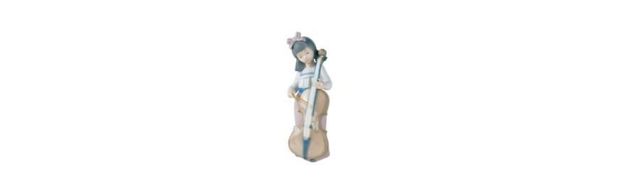 Figura de Porcelana Nao de la Colección Arte
