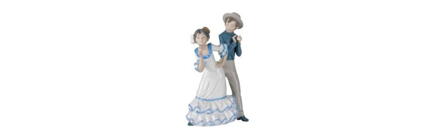 Figuras de Porcelana Nao de la Colección Alrededor del Mundo